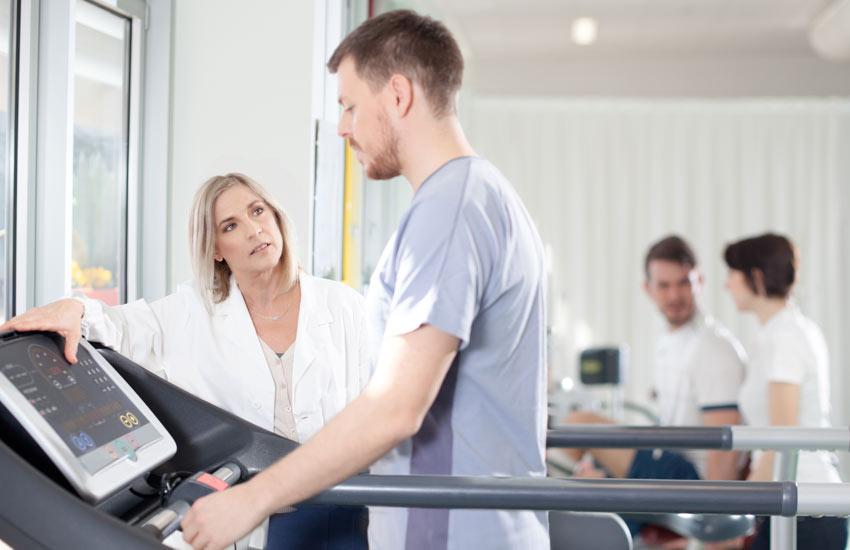 Fysiotherapie-na-operatie-leebrug